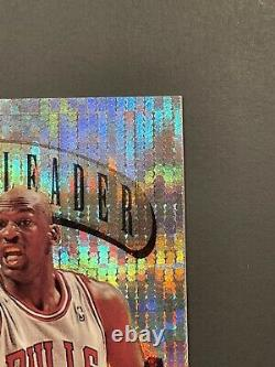 1995-96 TOPPS POWER BOOSTERS MICHAEL JORDAN #4Very Nice MintRare