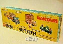 Corgi 14 Giant Daktari Set, Mint Condition in Good Original Box, Very Rare