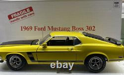 Danbury Mint 1969 Ford MUSTANG Boss 302 VERY VERY RARE 1/18 Scale withtitle YEL