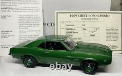 Danbury Mint Chevy COPO CAMARO 1/24 Scale VERY RARE