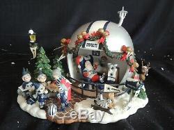 Danbury Mint Dallas Cowboys Game Day At Santa's House (Very Rare)