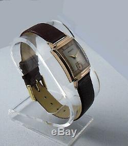 Hamilton Ross Coral Gold Men's Wristwatch Roman Numeral Dial Very Rare Mint