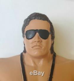 LJN TITAN SPORTS WWF BRET The Hitman HART Figure NM/MINT VERY RARE