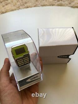 RARE NEAR MINT Casio Green Calculator LCD Digital Vintage Watch Very Few Made