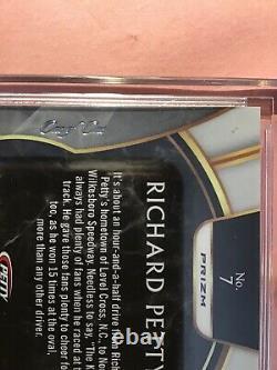 VERY RARE #1/1 ON CARD AUTO Richard Petty GOLD 2020 Chronicles NASCAR SELECT