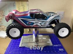 VERY RARE VINTAGE RC ASSOCIATED RC10 T5M. NEAR MINT Cond