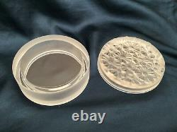 Very RARE Signed LALIQUE Frosted Crystal Lidded Vanity Powder Box3.75x1.50MINT